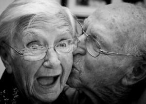 情侣网名一男一女幸福