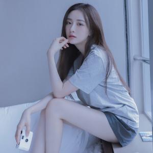 韩系清新居家美女头像