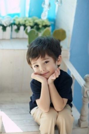 QQ 可爱小男孩