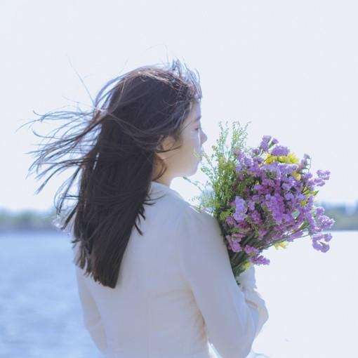 漂亮唯美的女生图片